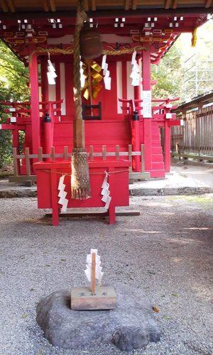 Nara_ooyamatojinjya_takamimusubisha