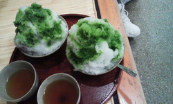 Hutami_akahukugoritoocha_2