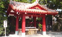 Okinawa3_jinjya_yemizu