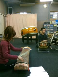吹き始めは鼓娚の練習で♪