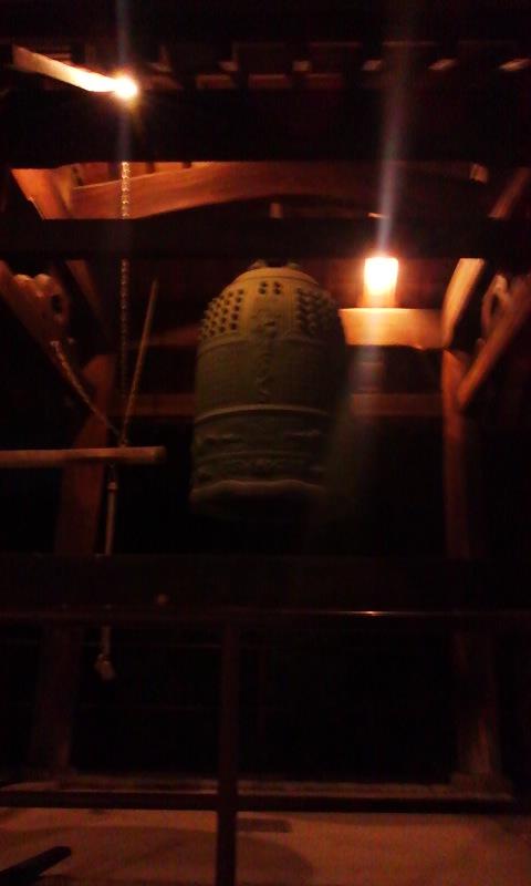 夜のお寺で雅楽練習♪